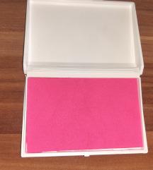 Kutijice roza i plava s bojom za bebine otiske