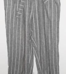 Prugaste hlače, Calliope (rezz)