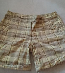 Kratke hlače H&M, Sada 29 kn