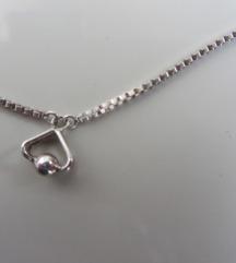 ogrlica od srebra s privjeskom