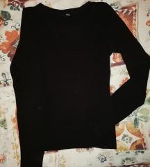 Crni tanki džemper