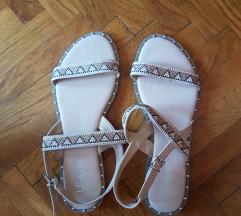 Sandale, br. 40