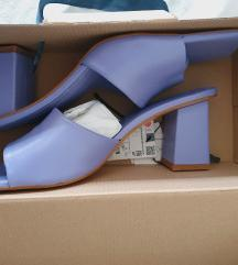 Zara nenosene kozne sandale