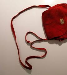 Crvena torbica - brušena koža