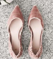 H&M velvet nude balerinke