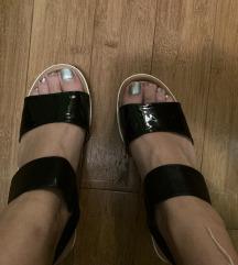 Crne sandale mass