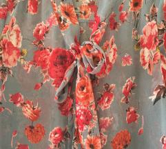 Cvjetna bluza Amisu