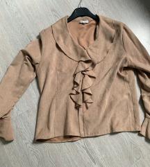 50 kn %%  Smeđa košulja velur M