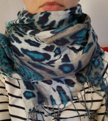 Sivo-plava marama