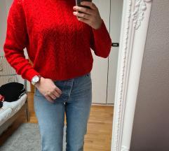H&M crveni rupičasti pulover