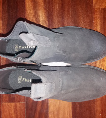 Nove ženske kožne cipele gležnjače 39