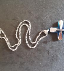 Lančić i križ od nehrđajućeg čelika