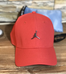 Nova Air Jordan kapa
