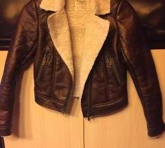 NOVA tamnosmeda jakna s krznom