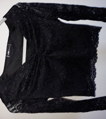 Čipkasta crop top majica