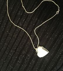 Srebrni medaljon srce na lančiću