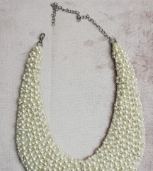 Ogrlica s bisernim perlicama