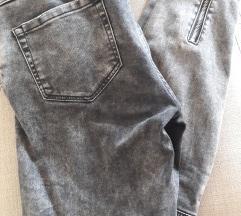 Zara sive hlače 38 nove