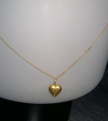Zlatni lančić s dva srca