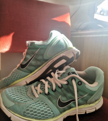 Nike LunarGlide 2, broj 39