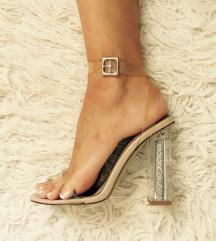 Nove Public desire clear sandale