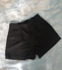 ✨ AMISU crne kratke hlače ✨