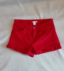 HM kratke hlače