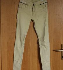 uske hlače sa zipovima