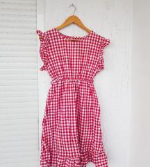Gingham crvena karirana haljina s volanima