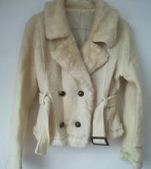 Bijela bunda jakna sako umjetno krzno 36
