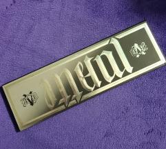 Kat Von D metal matte paleta