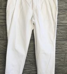 STRENESSE bijele hlače-S-M