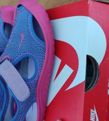 Nike 28