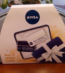 NIVEA Face Essential Anti-Age paket u torbici