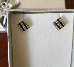Nove srebrne nausnice sa cirkonima