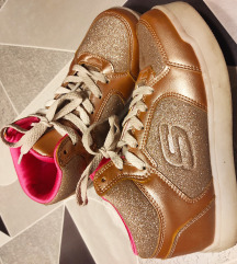 Skechers zlatne tenisice 35