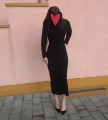 Duga crna vunena haljina