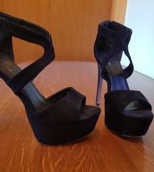 Crne sandale 40
