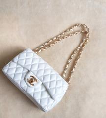 Chanel bijela torbica