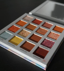 Focallure Crystal paleta