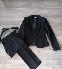 Žensko odijelo