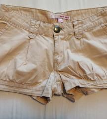 Tally Wejl kratke hlačice