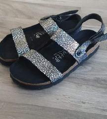 Futti srebrne sandale