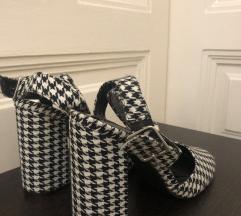 Pepita štikle sandale