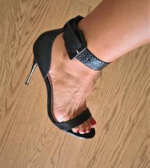 Aldo sandale na petu