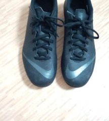 Nike mercurial. Vel 40.