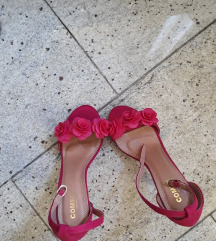 Cipele s cvjeticima