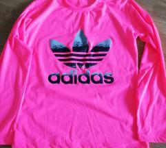 *Nova Adidas majica