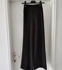 Crne duge široke hlače