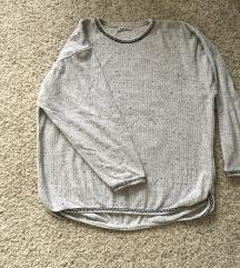 Siva plišana oversized majica vel L-XL